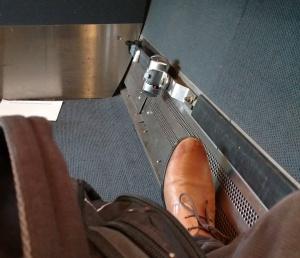 170322-Leg Room
